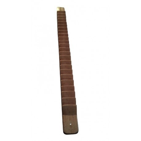 Escalerilla de dedos para ejercicios de hombro, en madera barnizada. 24 dientes.